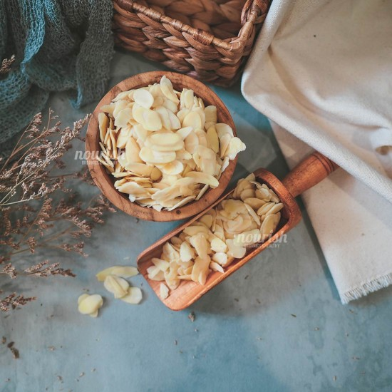 Almonds Blanched Sliced (200gr)