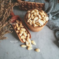 Almonds Blanched Whole 100 gr